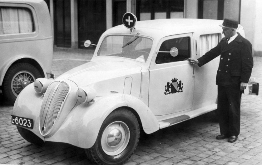1938 L-6023 FIAT 1100 ambulance