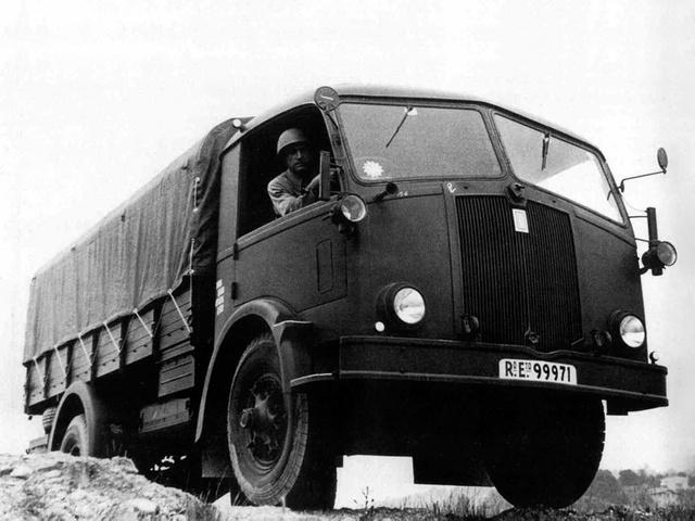 1940-45 Fiat 666 NM-RE
