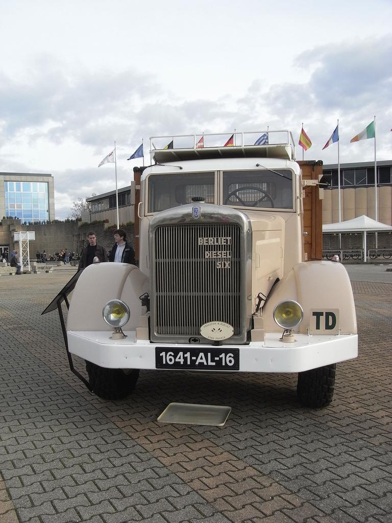 1941 Berliet type GDM 4X2