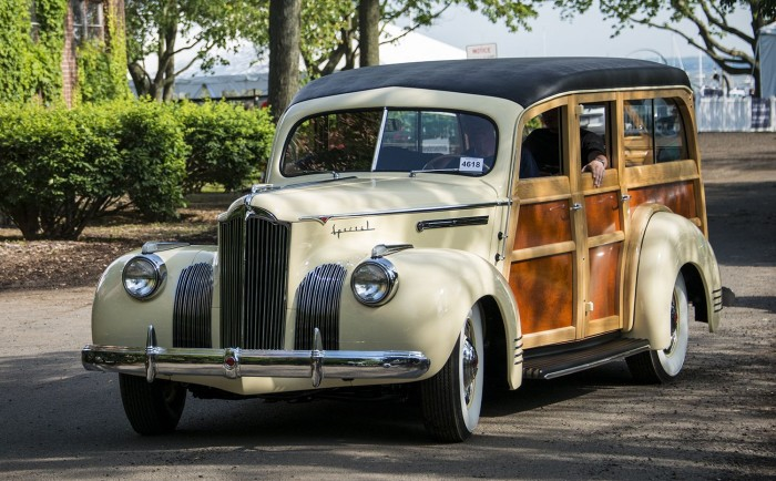 1941 Packard station wagon model 110