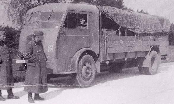 1942 Panhard & Levassor truck