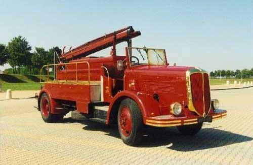 1946 Berliet 34 des Pompiers de Lyon