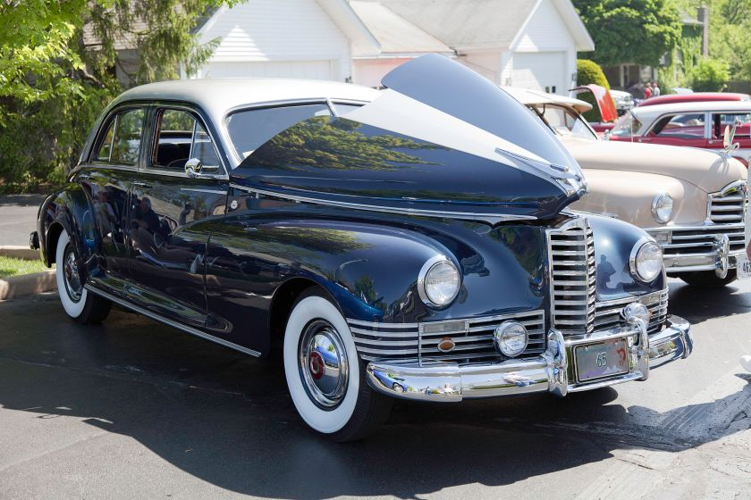 1947 Packard Clipper Custom Touring Sedan Modell 2106-1622 21. Serie