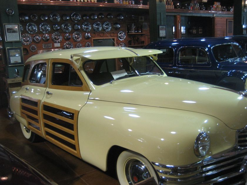 1948 Packard 2201 Six Passenger Sedan Woodie Right