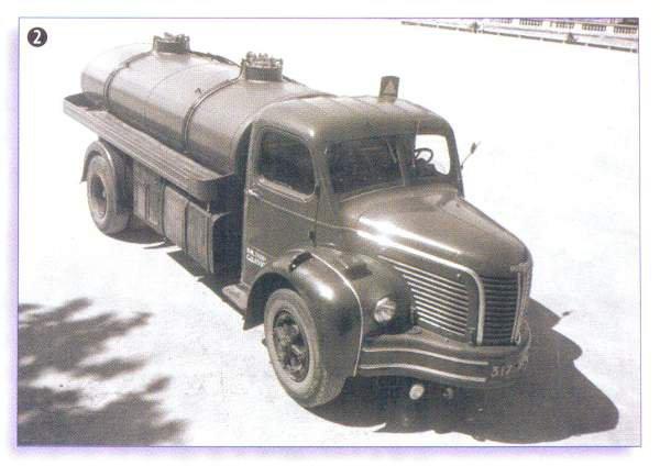 1949s BERLIET au salon d' octobre 1949 le GLR 8 W, 5 cyl, les premiers faisaient 120 cv ricardo.