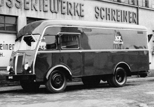 1954 BERLIET GLA Postauto