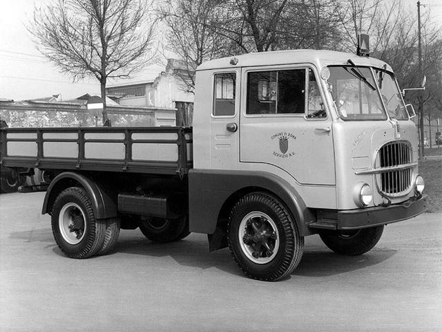 1955-58 Fiat 642 N2a