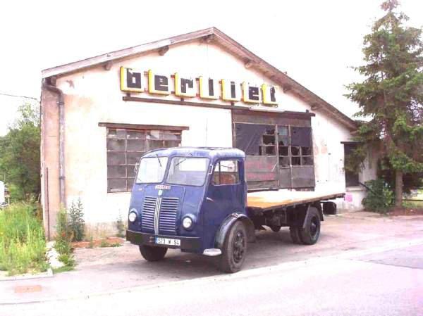 1955 BERLIET GLB 5 b 4 cyl, 80 cv plateau