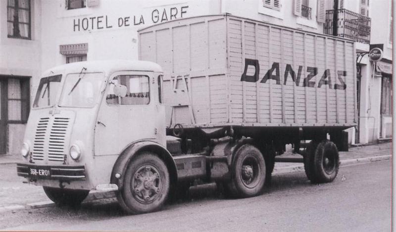 1956 Berliet TLB 5 attelage automatique fourgon DANZAS