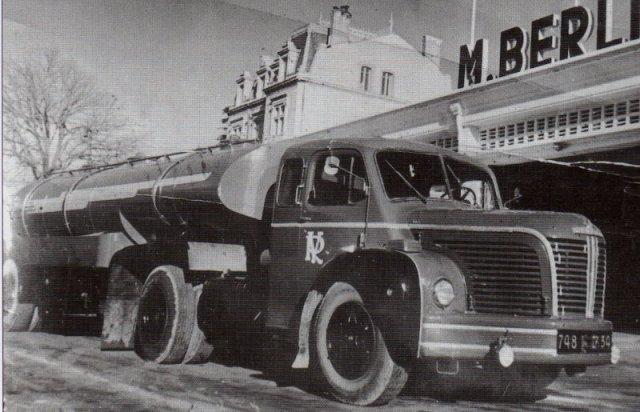 1956 BERLIET TLR 10 b couchette pinardier