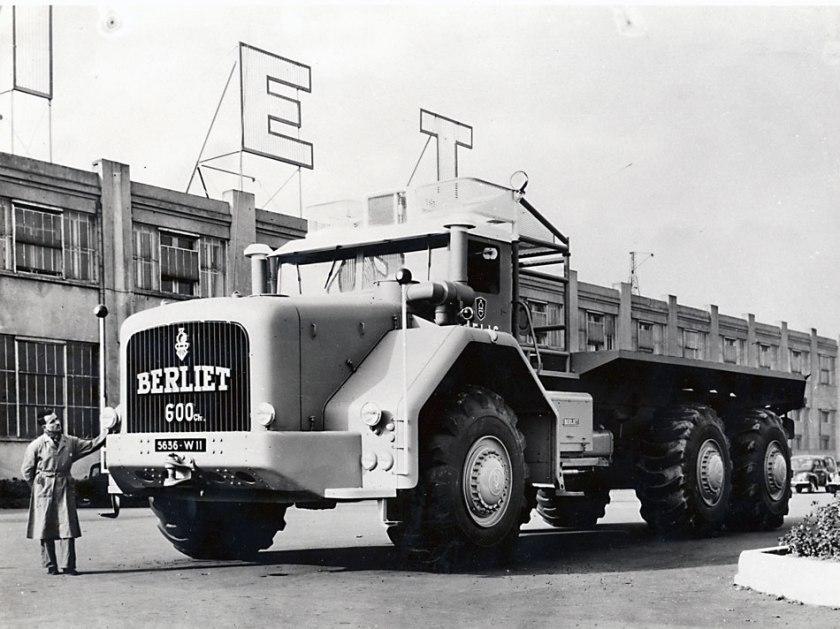 1957 Berliet T100-600