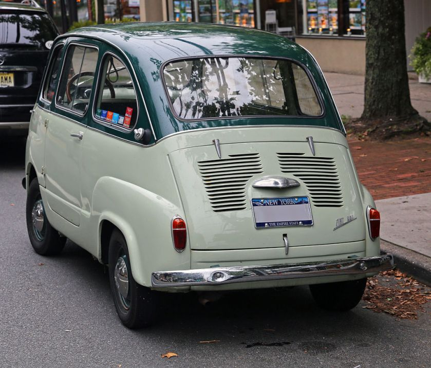 1959 Fiat 600 Multipla rear
