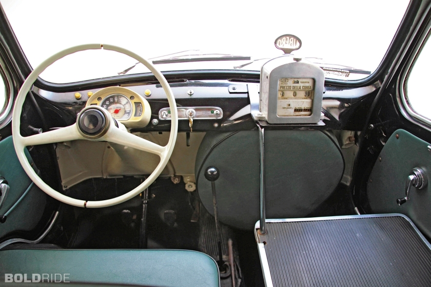 1960 fiat-600-multipla-taxi Binnenkant +meter