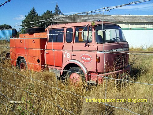 1964 Berliet GAK Pompiers à restaurer ..