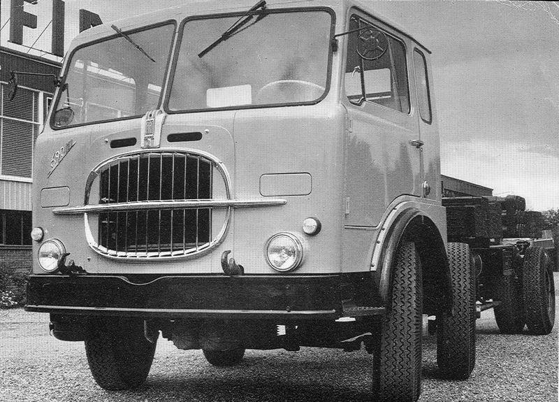 1966 Fiat 690n1 b3