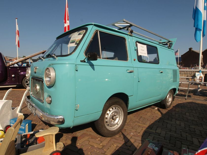 1967 Fiat 600T, a van variant of Fiat 600 and a predecessor of the Fiat 850T
