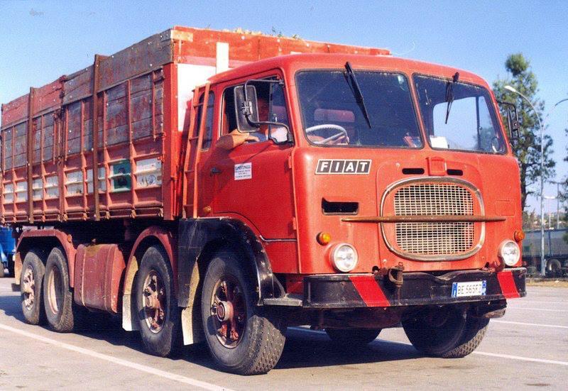 1968 FIAT 690