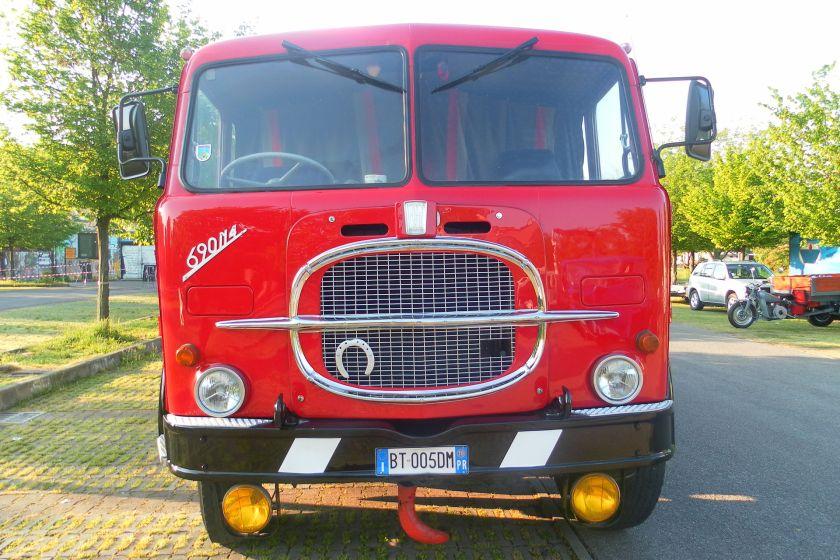 1969 Fiat 690 N4 2