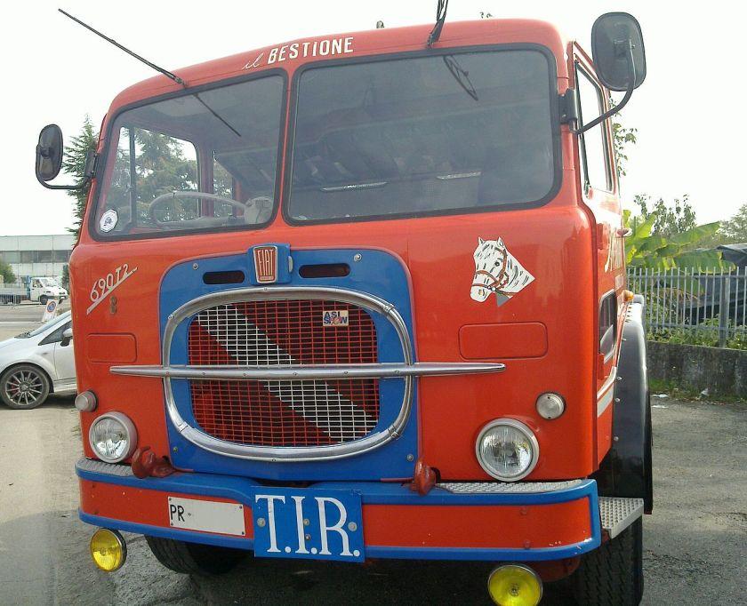 1969 Fiat 690T2