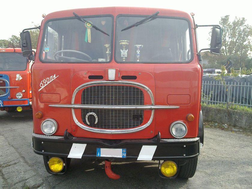 1969 Fiat truck 690N4