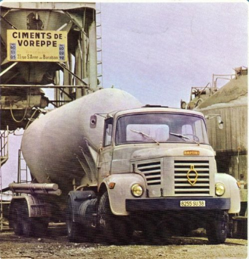 1970 BERLIET TLR 10 M3, le même moteur du TLM, 250 cv ,6 Cyl