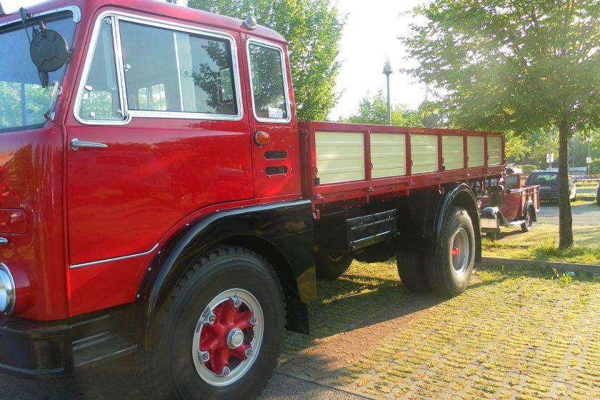 1970 Fiat 682 N2 3
