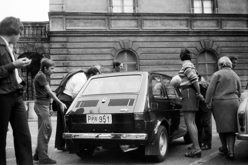 1973 Poland Fiat - curiosity about passers-by