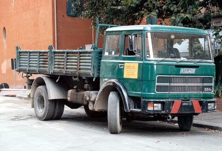 1974 Fiat 684N