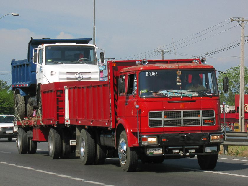 1974 Fiat_619_N1_1974_(12804479515) carrying MB1618