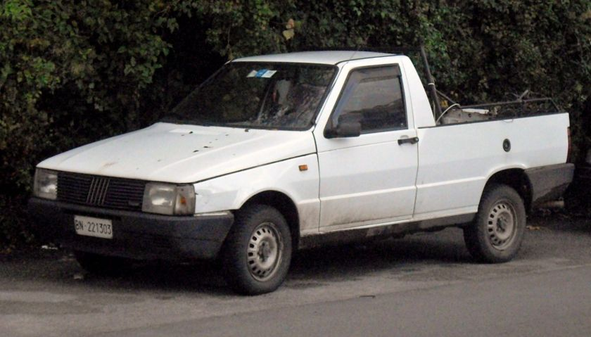 1977 Fiat Fiorino D pick-up front