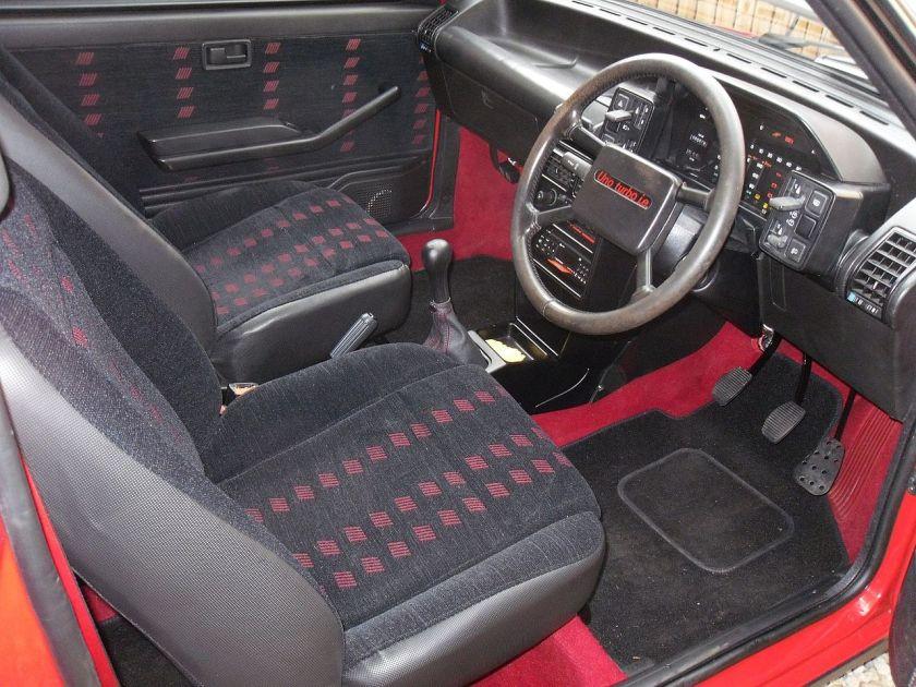 1988 Fiat Uno Turbo i.e. Interior