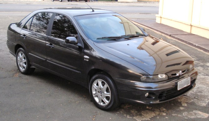 1999 Fiat Marea, 2.0 20V 5 cilinder engine