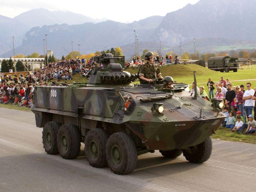 2006 A Mowag Piranha IIIH APC Swiss Parade 8x8