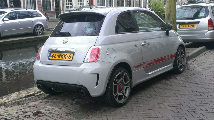 2010 Abarth 500 rear