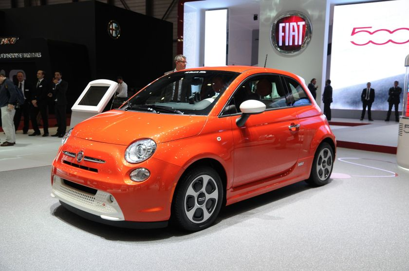 2013 Production version of the Fiat 500e exhibited at the 2013 Geneva Motor Show.