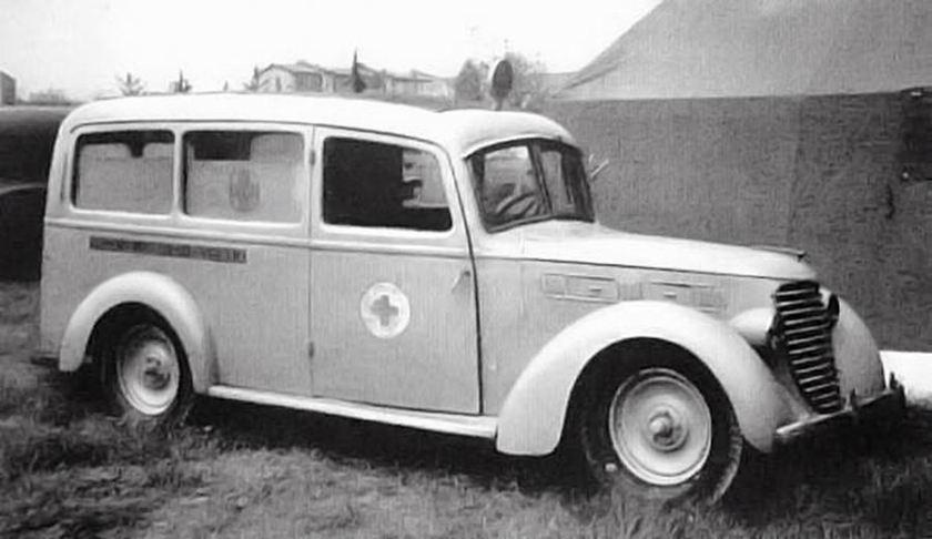 Aprile Fiat 1100 ALR ambulance