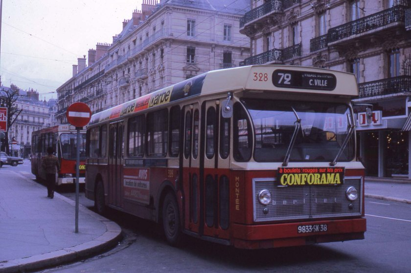 Berliet PCM-U de Grenoble en 1975.
