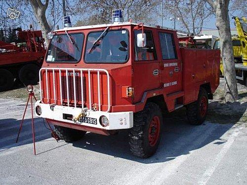 Berliet pompier FF 4x4 double cabine
