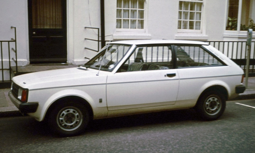 Chrysler Sunbeam in profile