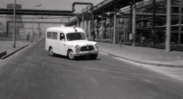 fiat-1100-ambulanza-01