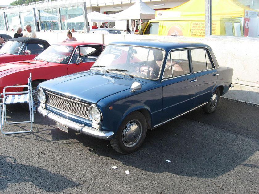 Fiat 124 Sedan