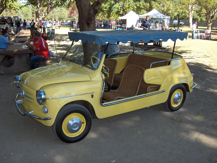 Fiat 600 Jolly - with wicker seats