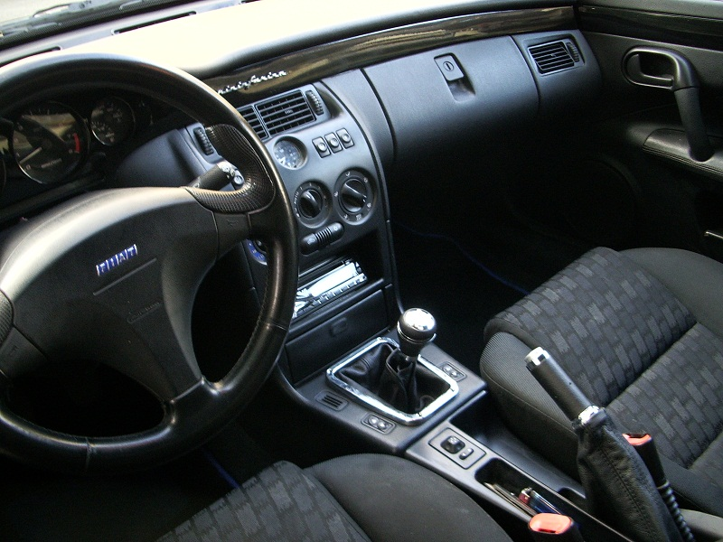Fiat Coupé's interior