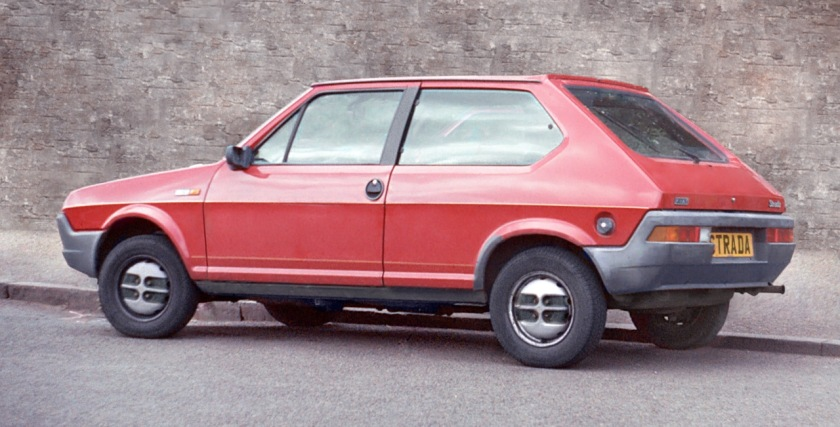 Fiat Strada (Ritmo) of the first generation, rear view