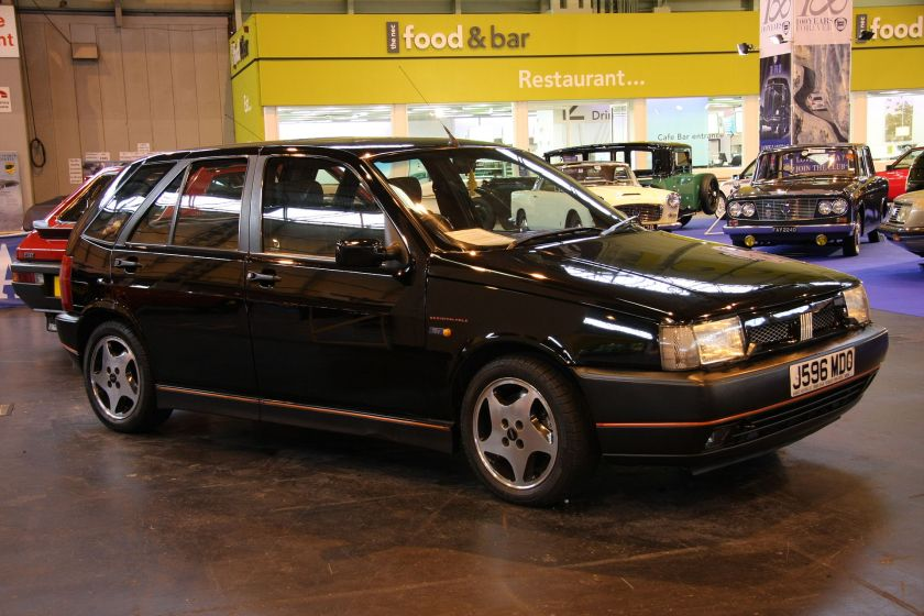 Fiat Tipo Sedicivalvole in a classic car show