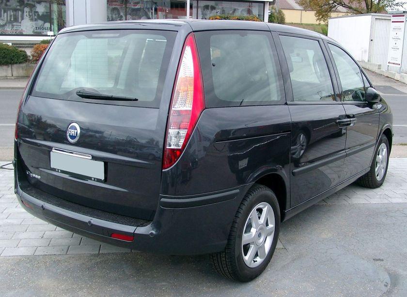 Fiat Ulysse rear