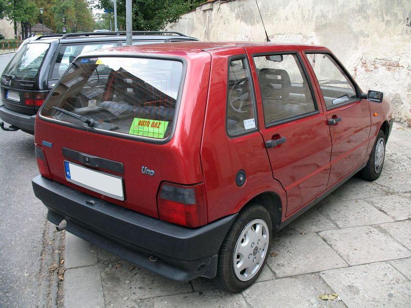 Fiat Uno II back 4d