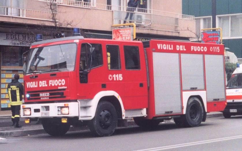 Iveco EuroFire Magirus VVFF Vigili del Fuoco Padova Italy Aprile 2002 f