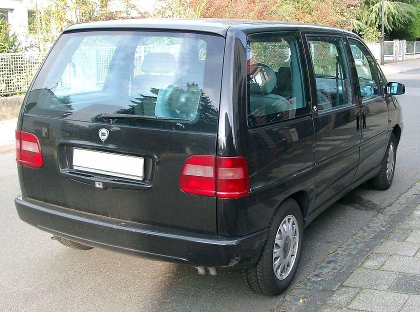 Lancia_Zeta_rear