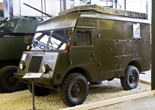 Mowag 1T Telefonzentralenwagen